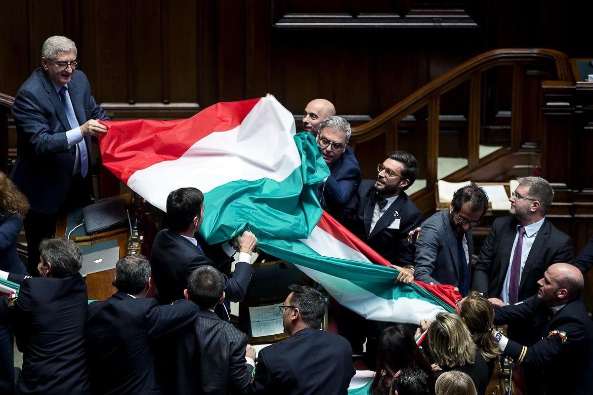 La rivoluzione conservatrice è il salva Italia
