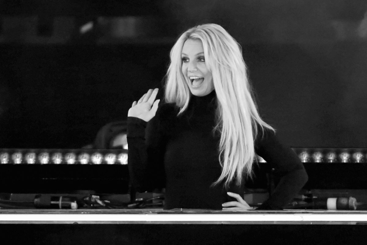 Britney Spears Cancels Domination