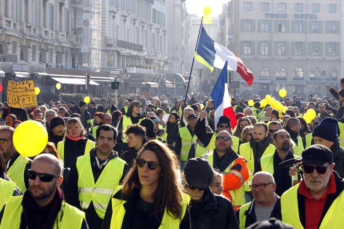 Parigi e Bruxelles contro Di Maio per il sostegno alla rivolta in giallo
