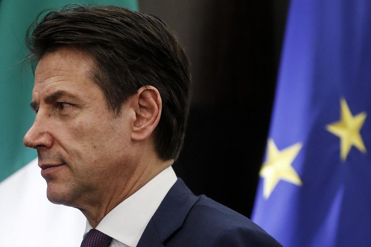 L'Ue non ci ignora più: «Incontro con Conte»