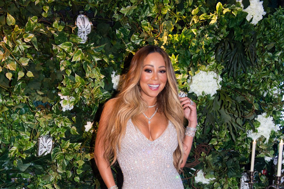 Mariah Carey Should Be Allowed To 'Like' Her Own Instagram Photos