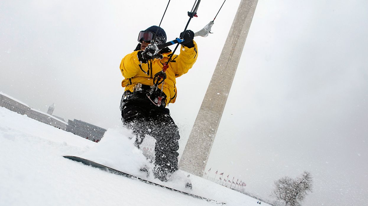 Massive Winter Storm Kills 9 in Midwest, Stretches 1,400 Miles to Mid-Atlantic