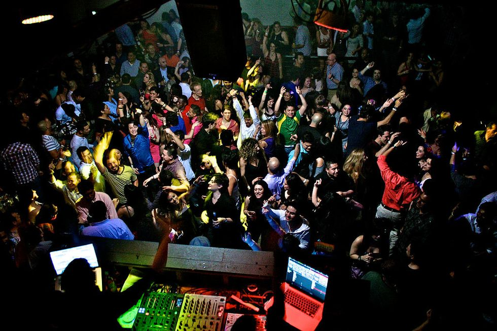 5 Things To Do On A Friday Night If Frat Parties Aren't Your Scene