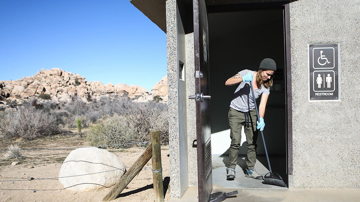 Volunteers Protect Our National Parks During Shutdown