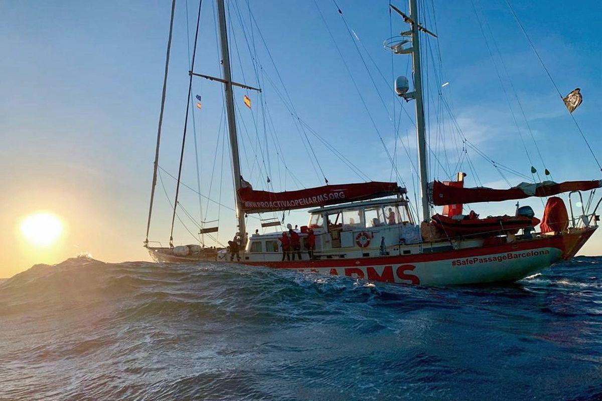 La Spagna chiude i porti a Open arms ma per l'Ong è colpa di Italia e Malta