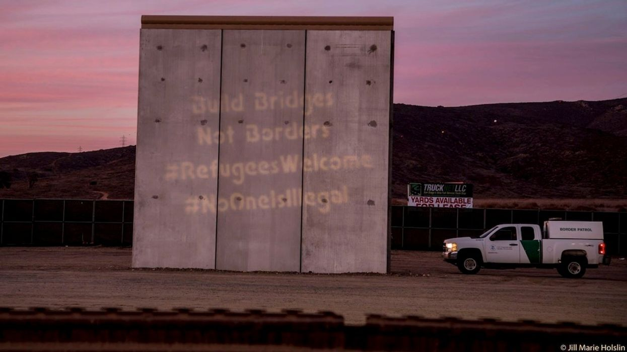 A Literal Wall Expert Explains Why Trump's Wall Won't Even Work