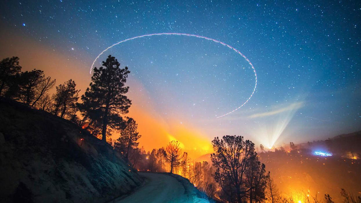 In Nighttime Shots of Massive Wildfires, a Photographer Shows Us the Light