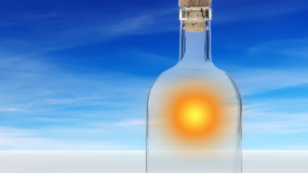 Scientists can now bottle solar energy, turn it into liquid fuel
