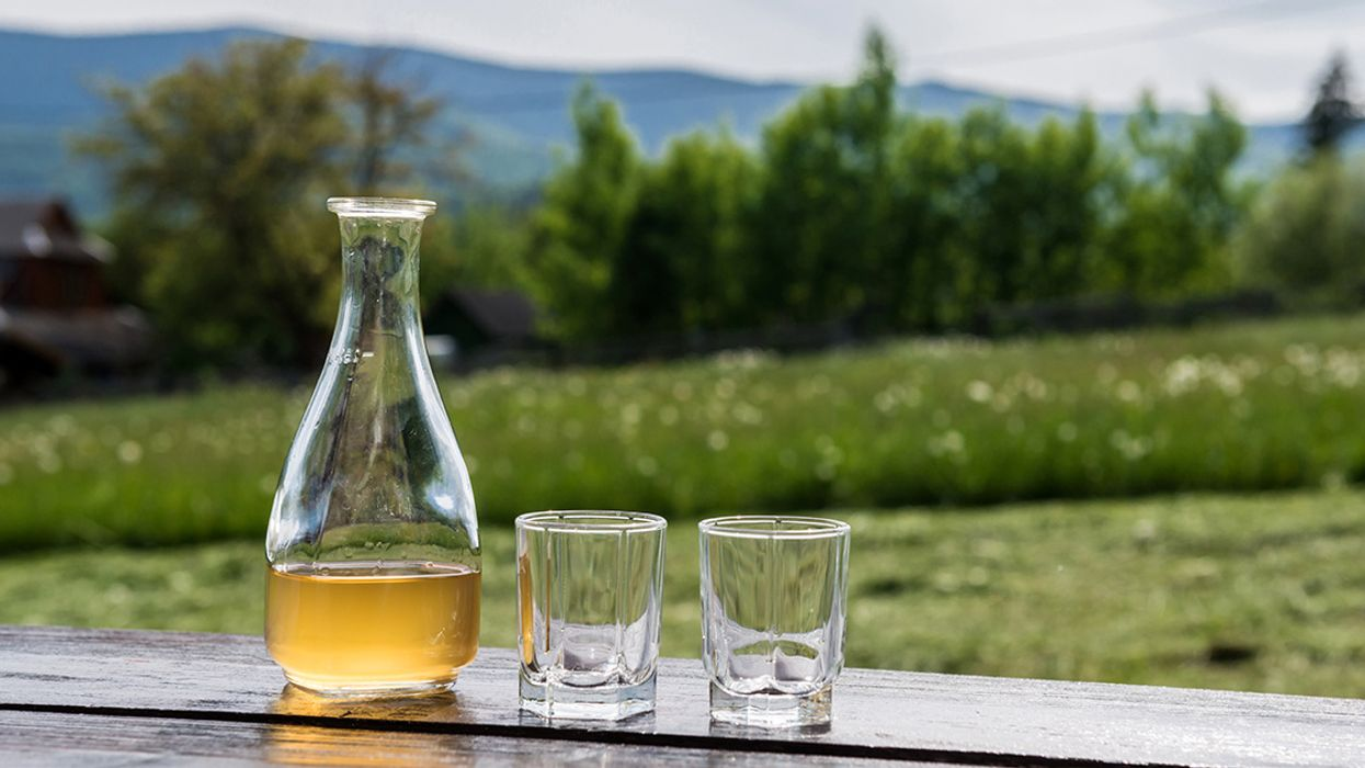 What Is Mead, and Is It Good for You?