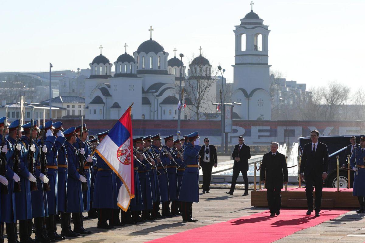 Putin va in Serbia per dividere in due la Bosnia e mettere paletti alla Cina