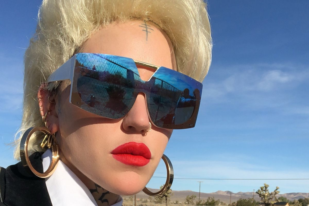 Brooke Candy Does Donuts in the Desert in 'Oomph'
