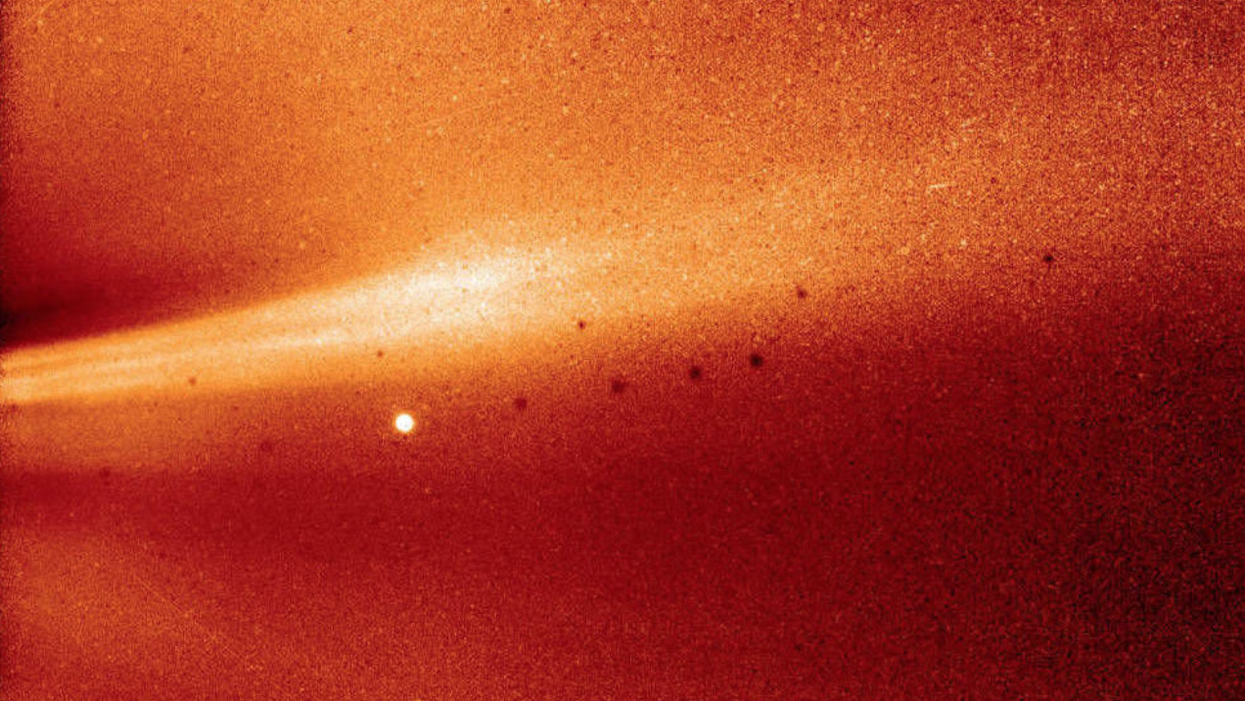 Behold, the closest-ever photo of a coronal streamer