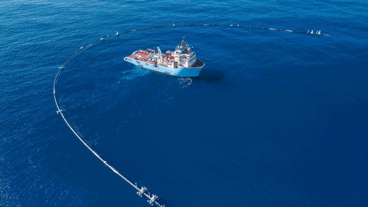 World's First Ocean Cleanup System Isn't Yet Doing Its Job