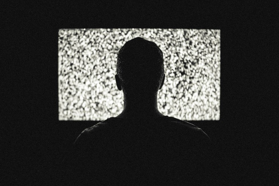 https://www.pexels.com/photo/night-television-tv-video-8158/