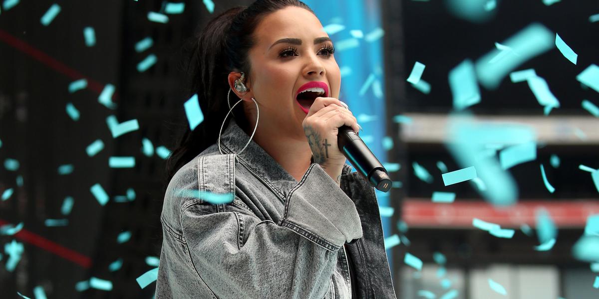 Demi Lovato Shuts  The Tabloids Down
