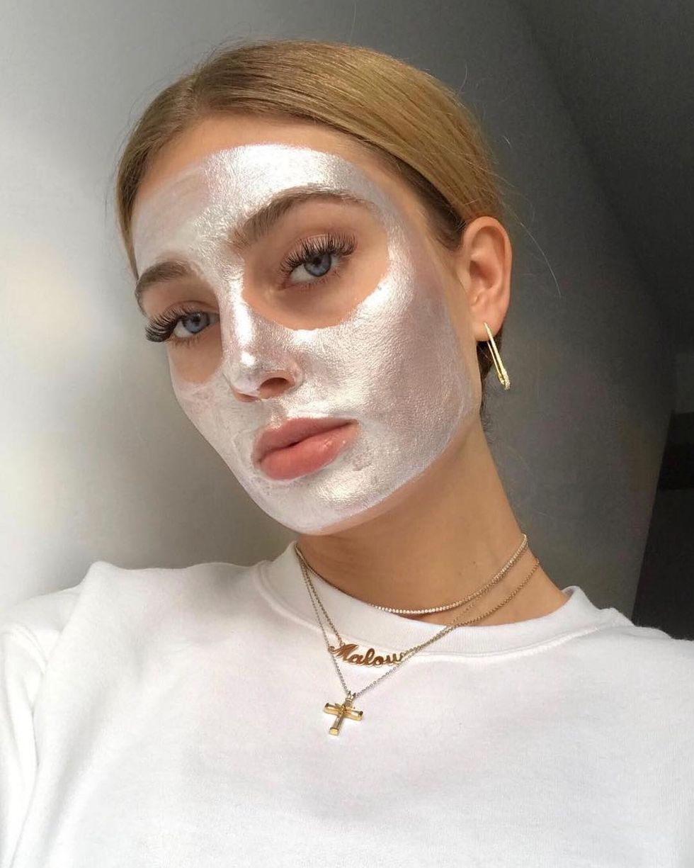 5 Spa Quality Face Masks That You Can Buy At The Drugstore