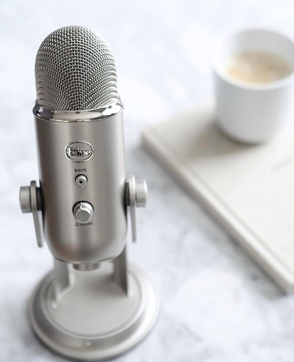 4 Podcasts Women Should Listen To, ASAP