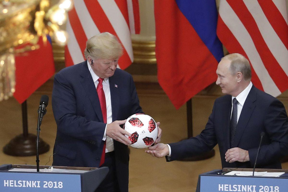 Il bivio di Putin: tradire o non tradire Trump
