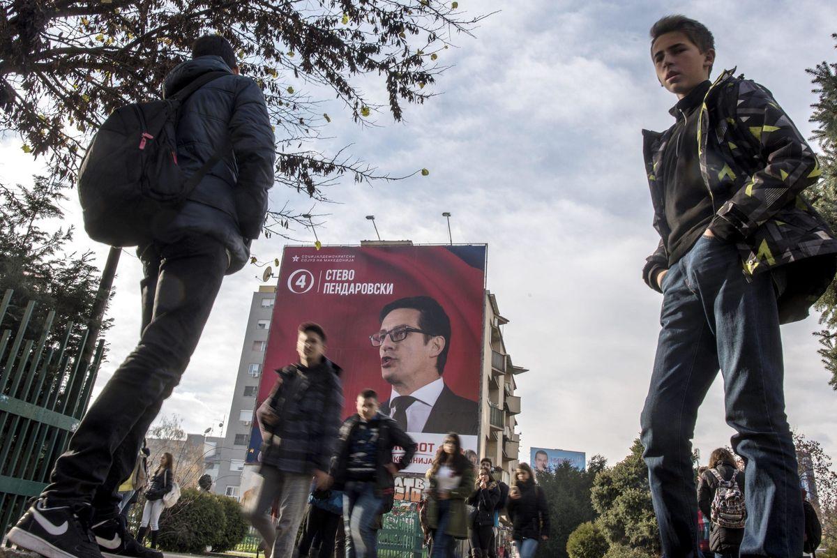 L'Ue propone il referendum sulla Macedonia per abbatterla