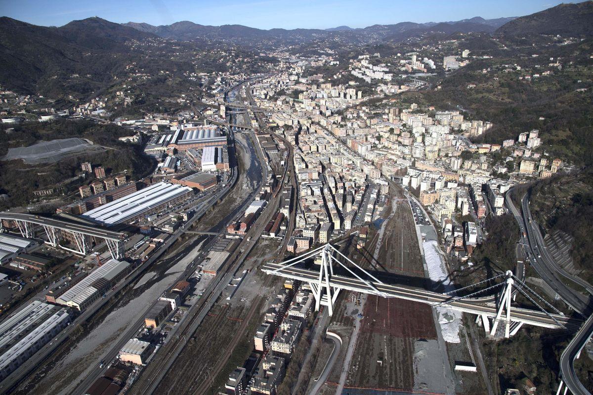 Decreto Genova, Benetton banditi e risarcimenti per i negozianti