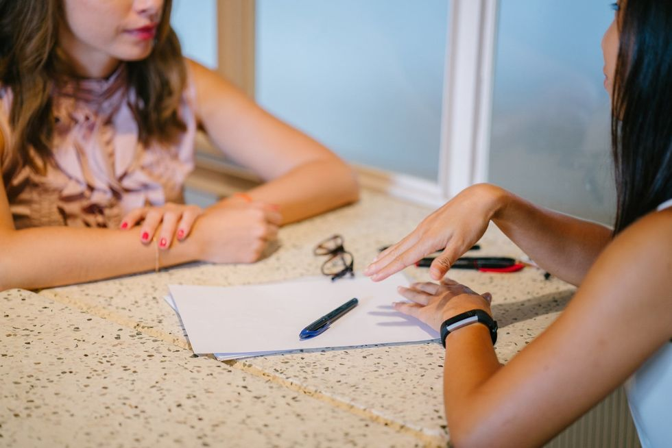 10 Interview Tips For The Overwhelmed College Student Just Trying To Get A Job