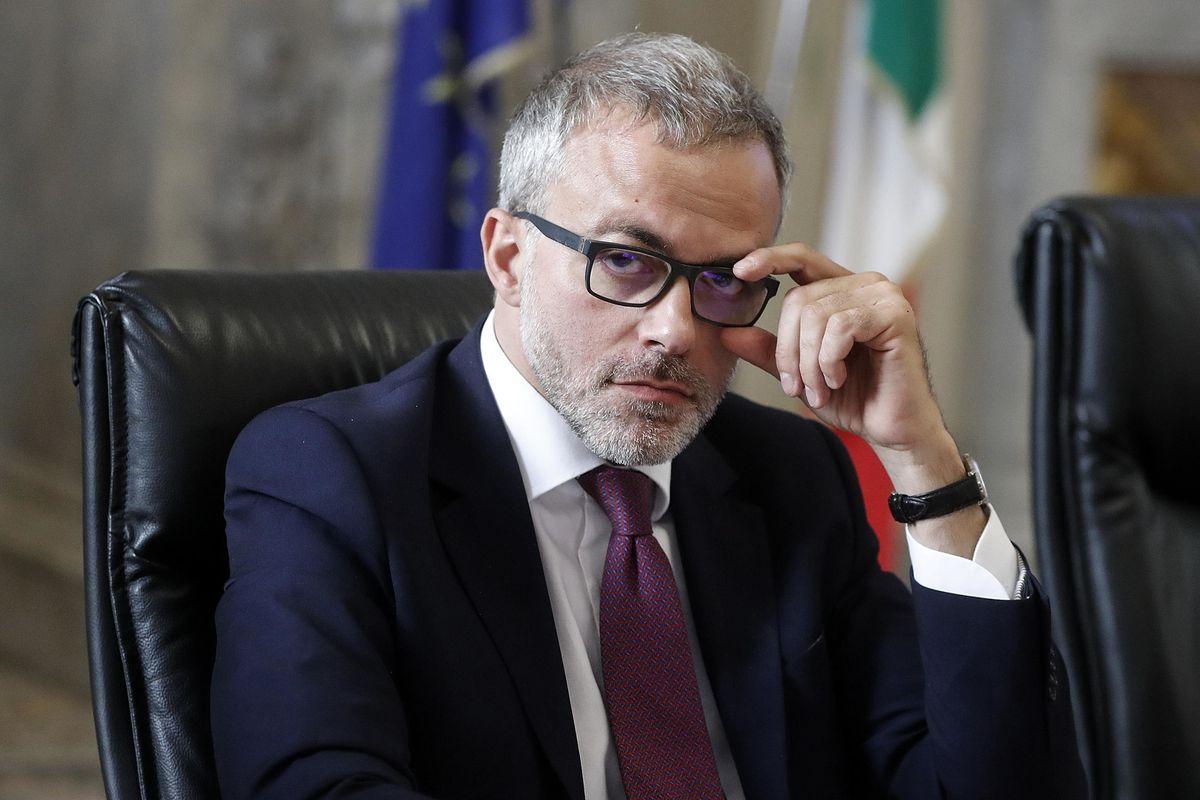 Due dimissioni pesanti incombono sulla conferma di Ruffini alle Entrate