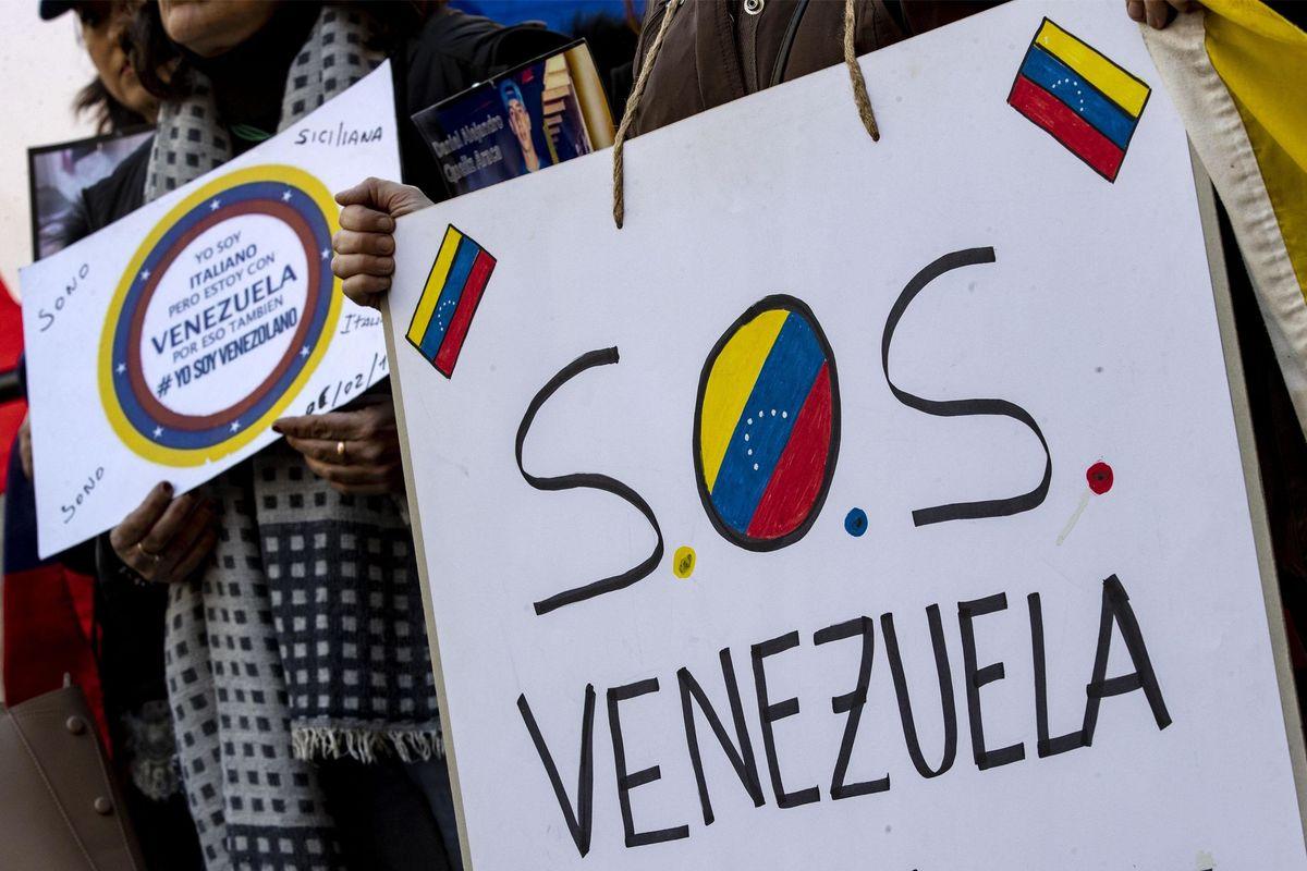 «Il regime di Maduro blocca l'arrivo di cibo e medicinali»