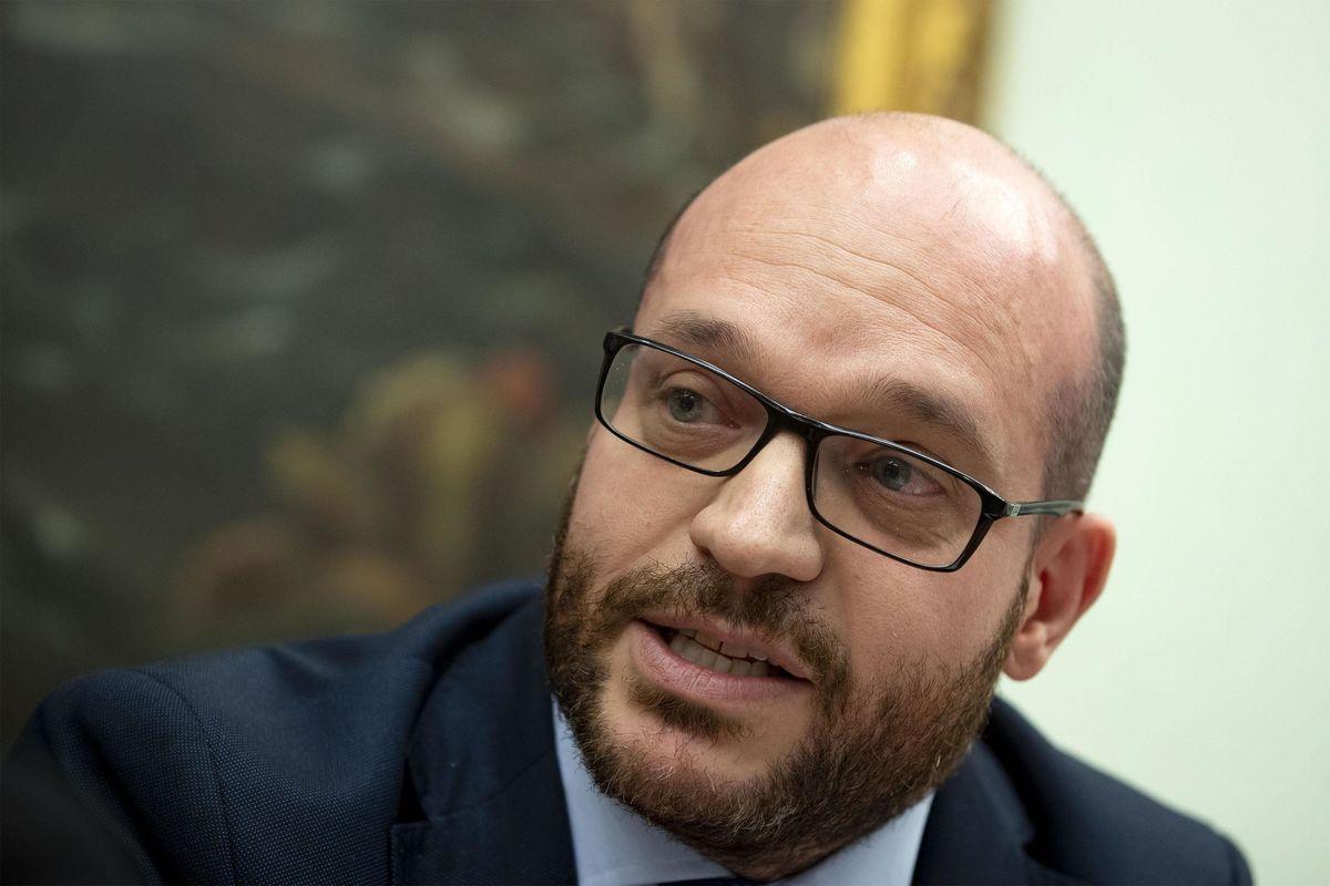 «Un miliardo di euro per aiutare gli italiani a fare più bambini»