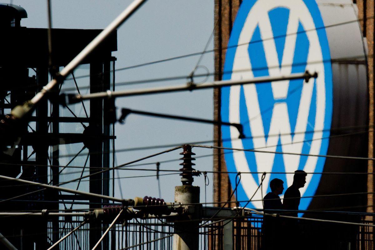 Bruxelles indaga sulle auto tedesche: «Un cartello anti concorrenza»