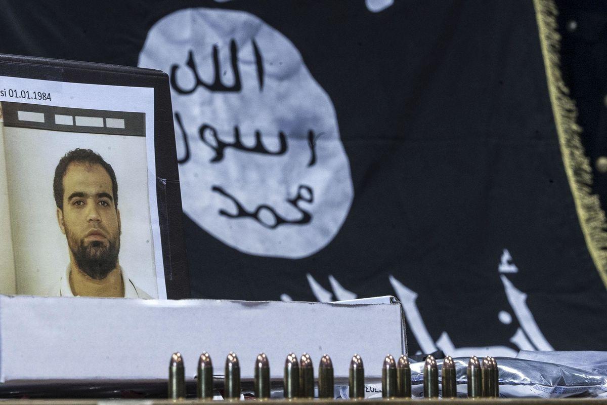 Ci sono nove italiani trucidati dall'Isis dei quali lo Stato si è già dimenticato