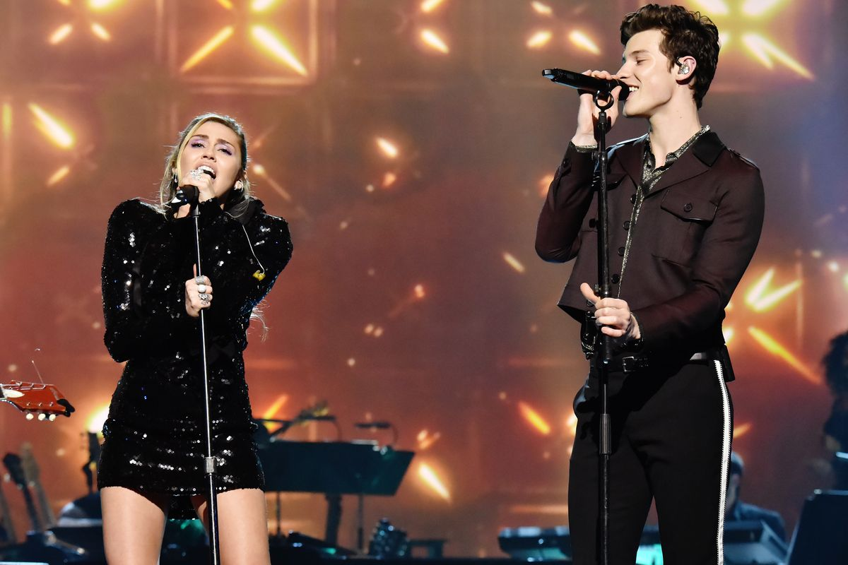 Watch Miley Cyrus and Shawn Mendes Sing an Epic Duet