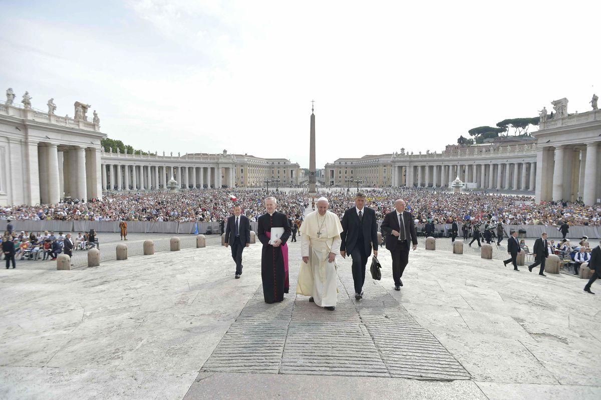 Il Papa ascolti la sofferenza del suo popolo
