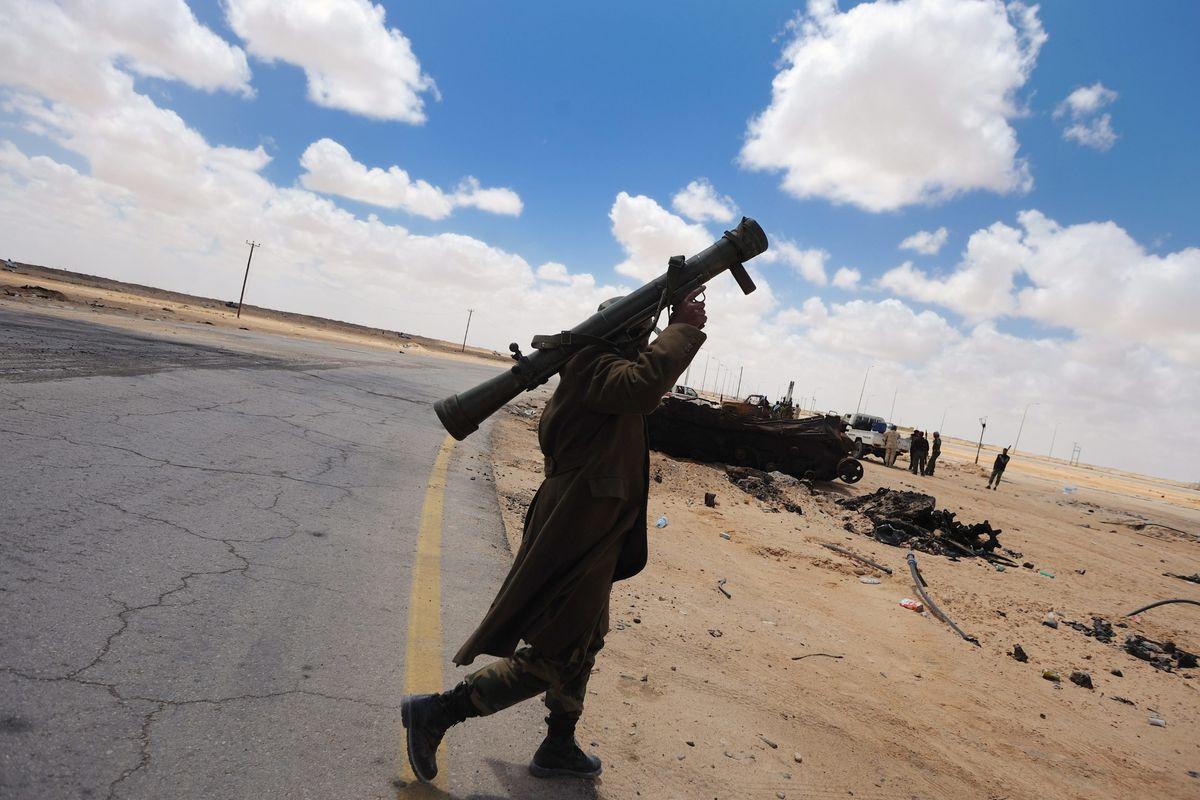 I nostri giacimenti di petrolio in balia dei miliziani che ci ricattano con i migranti