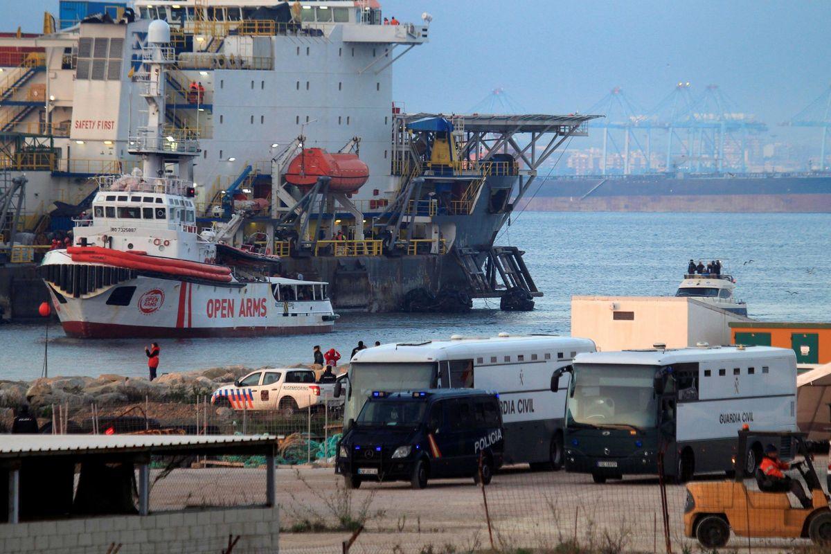 Adesso l'Ue snobba la Libia. Se riparte l'esodo il problema sarà solo nostro