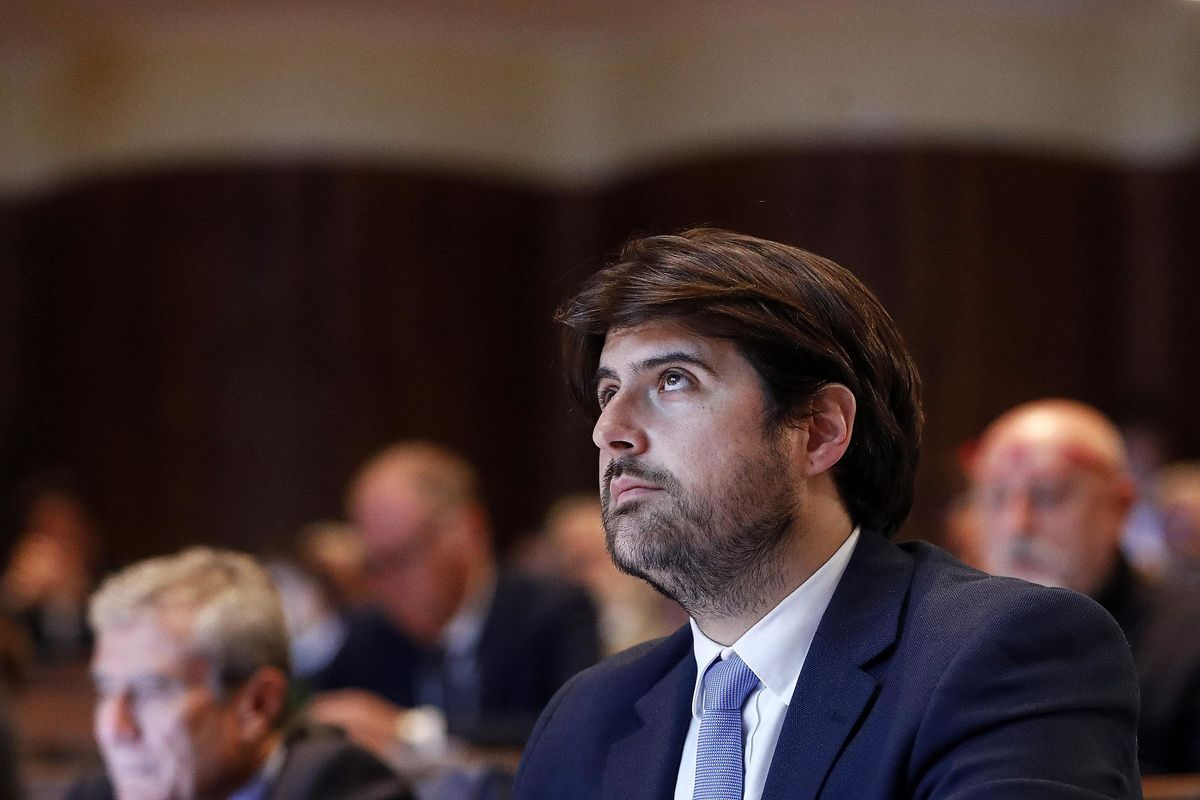 Stefano Buffagni: «Cambiamo la Carta con l'opposizione»