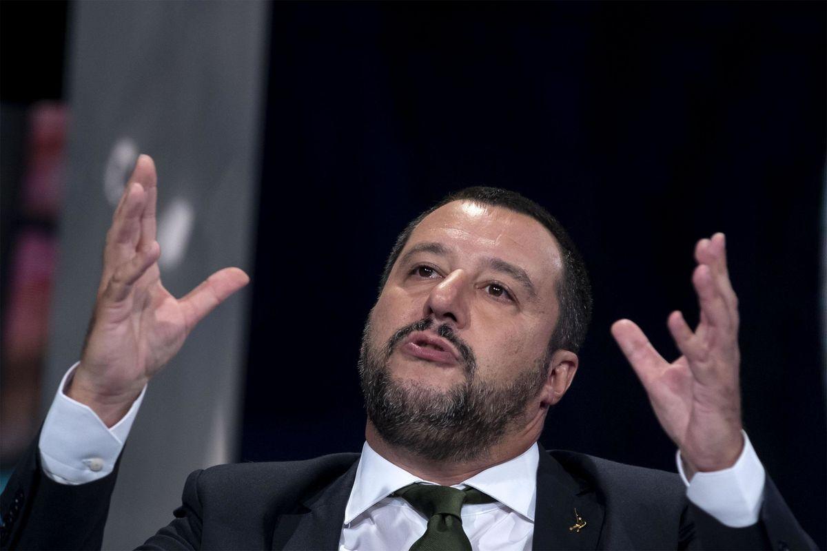 Su 43 morti nessun indagato, Salvini invece sì