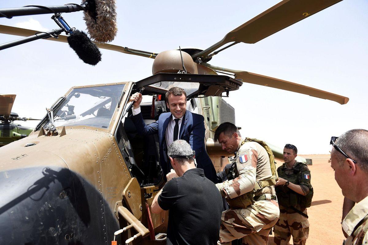 La Francia molla l'Iran e «occupa» il Mali