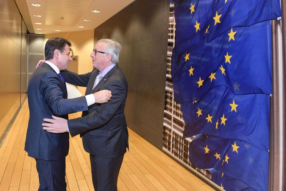 Conte prepara il tavolo con Juncker. Nel menu 140 miliardi da sbloccare
