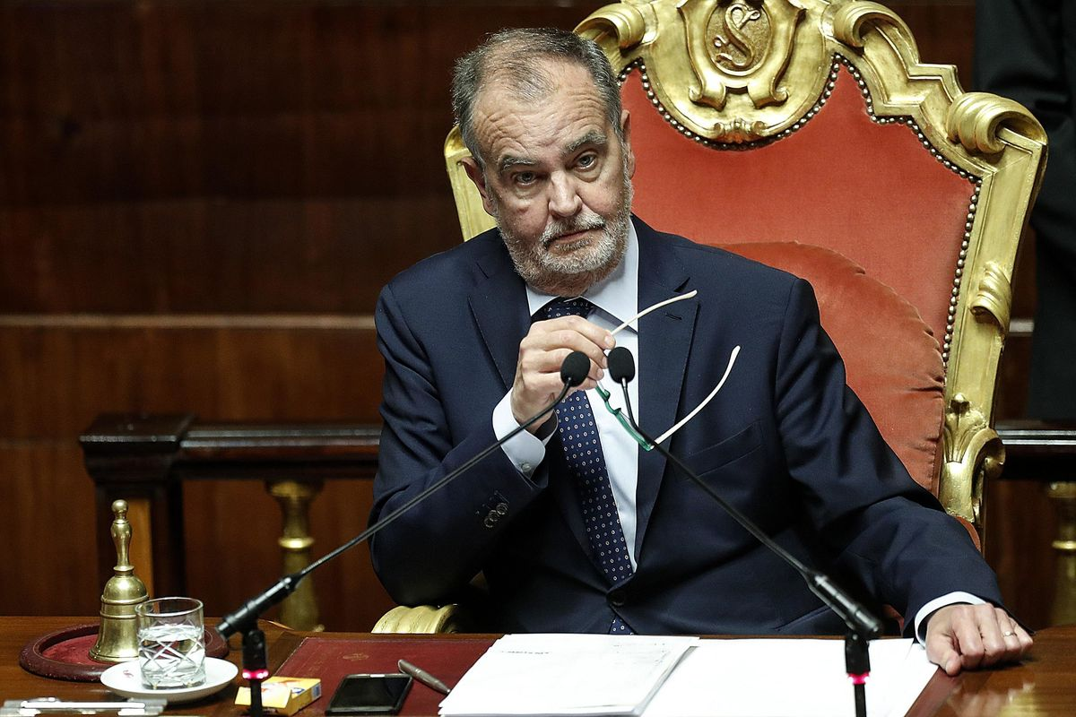 Calderoli: «Meglio con i 5 stelle che con Fini e Casini»