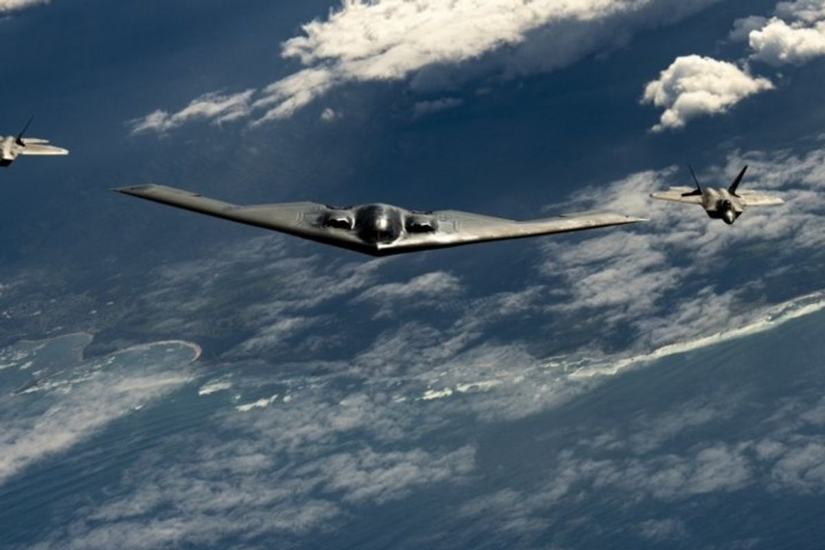 US Air Force F-22s, B-2 Bombers Prowl The Pacific: Photos