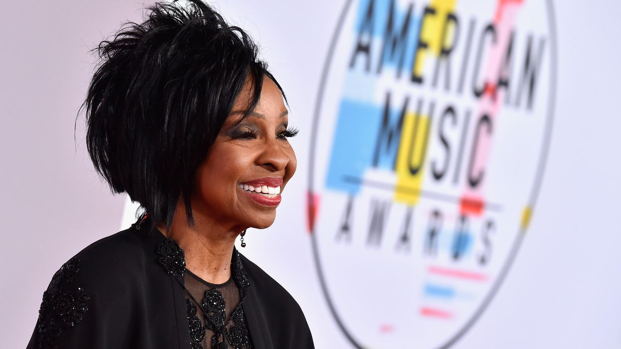 Gladys Knight takes fire for agreeing to sing national anthem at upcoming Super Bowl. She issues classiest response possible.