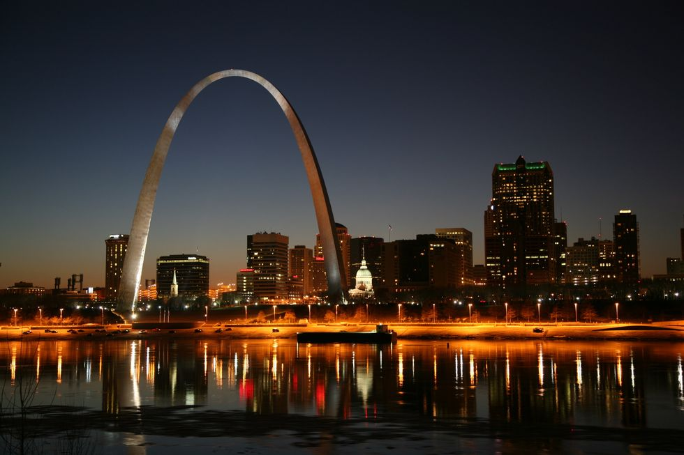 Traveling To St. Louis? Do These 5 Things When You Get There