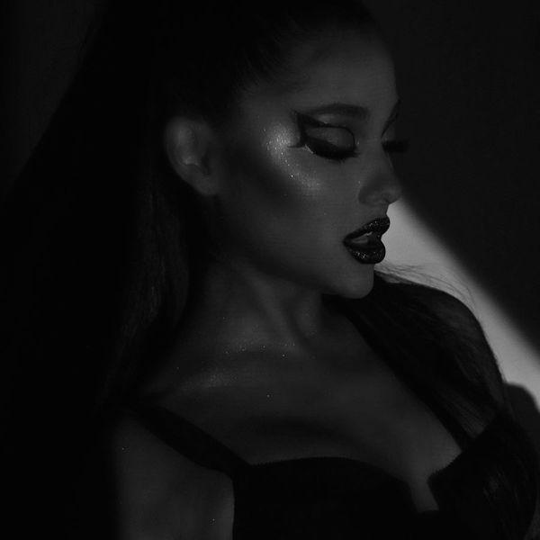 Ariana Grande Reveals Tracklist For New Album 'Thank U, Next'