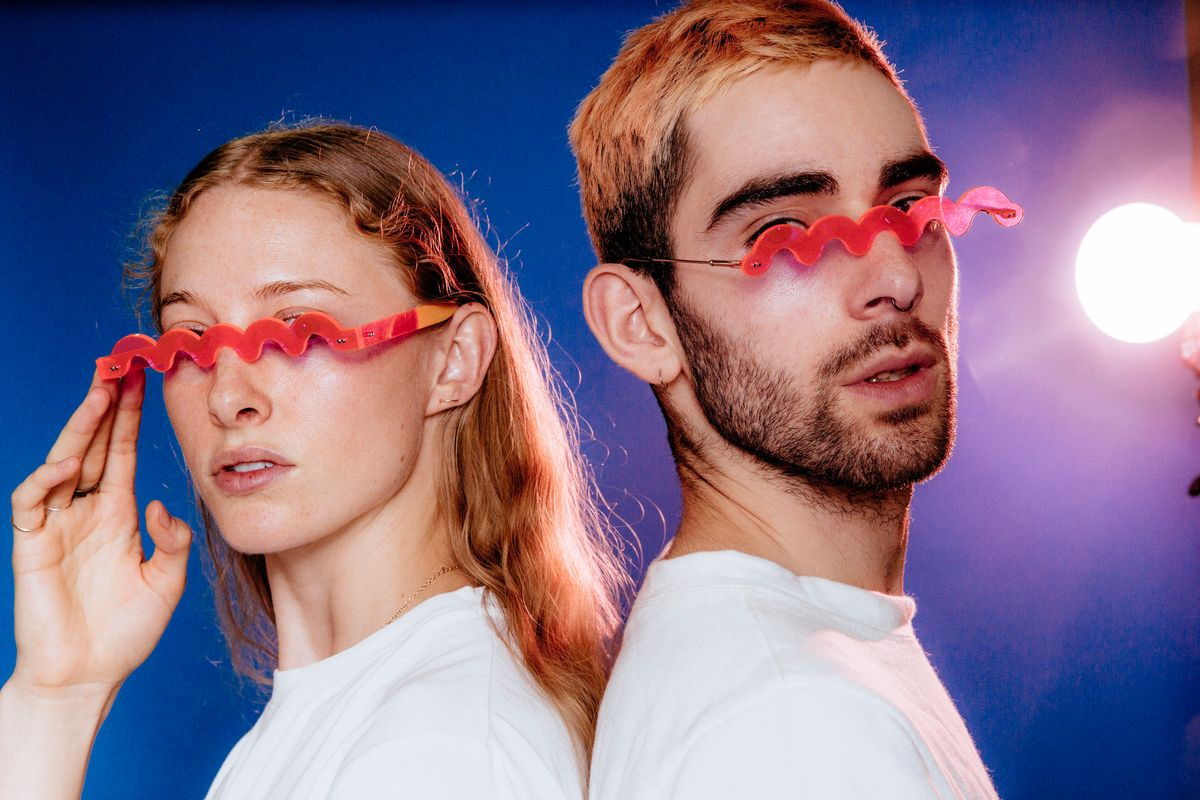 These Squiggle Glasses Are the Future Millennials Want
