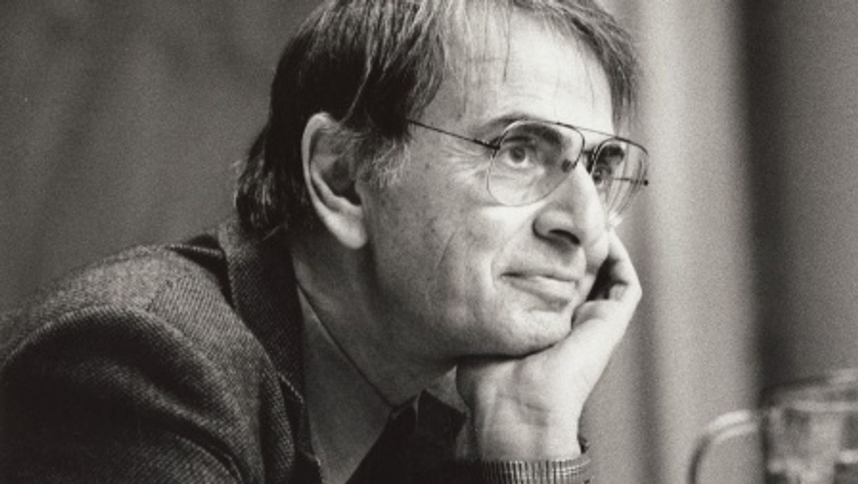 A disturbing 1995 prediction by Carl Sagan accurately describes America of today