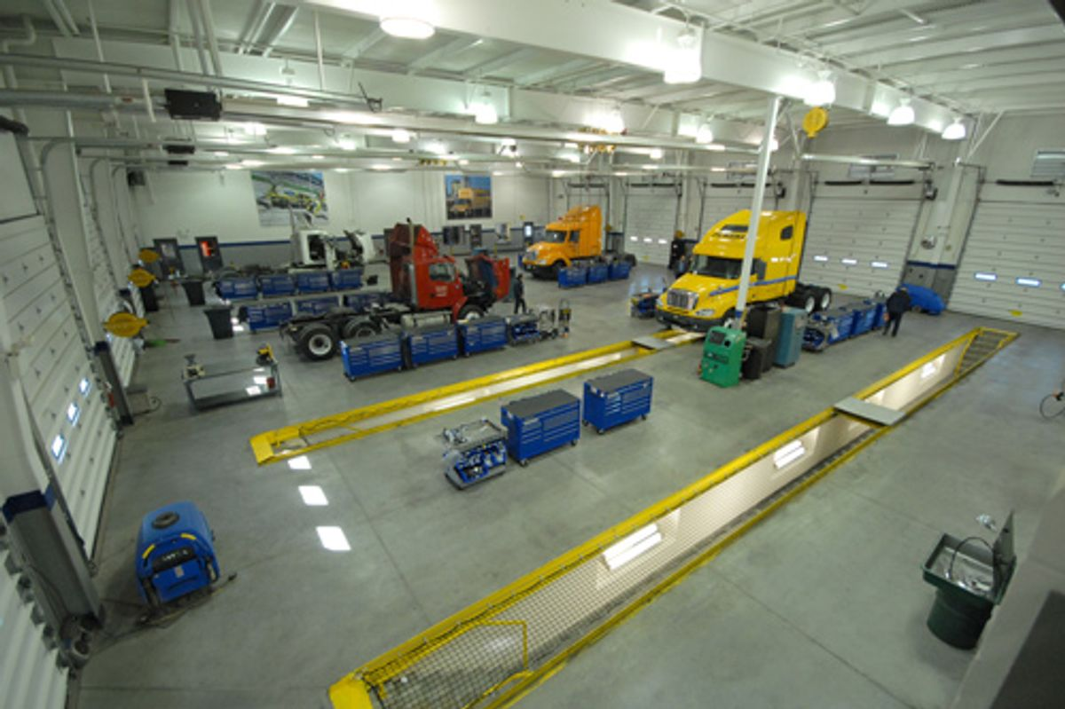 Penske Maintenance Technician Certification Program Equals Excellence and Opportunity