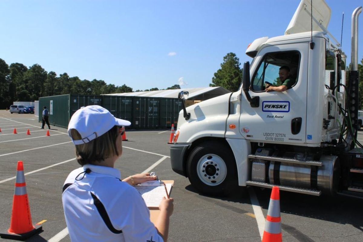 Penske Supports Transportation Industry Truck Safety Via IFDA Sponsorship