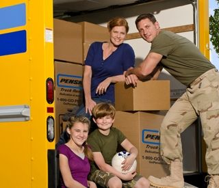 Penske Truck Rental Offers New Tools and Discounts for Active Members of Military