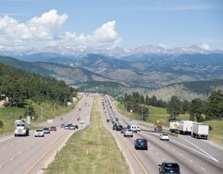 Colorado's Chain Law Starts Sept. 1 for Commercial Vehicle Drivers on I-70