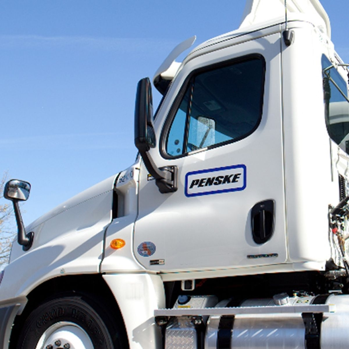 Penske and Cardinal Health Extend Dedicated Carriage Agreement